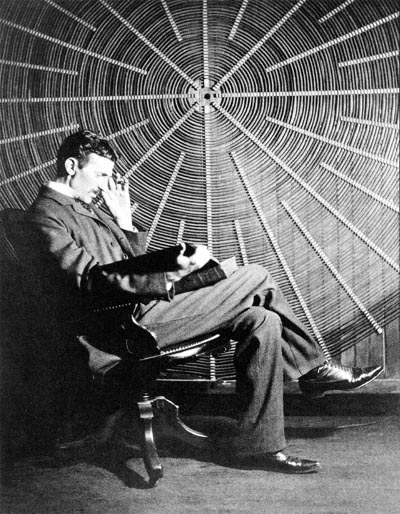 Tesla_with_coil